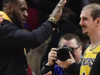 Lakers' Alex Caruso, Jared Dudley Joke About LeBron James Being 'Cheap'