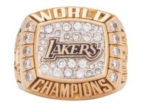 Kobe Bryant's 2000 NBA Championship Ring Sells at Auction for $206K USD