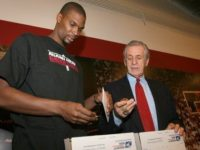 Chris Bosh says he borrowed, never returned Pat Riley's 2006 Heat championship ring