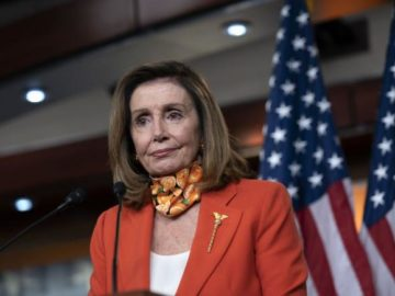 Pelosi Hopes Stock-Market Tumble Pushes Trump on Stimulus Deal