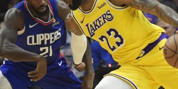 Lakers' LeBron James Calls out Clippers for 'Talking S–t' During 2019-20 Season