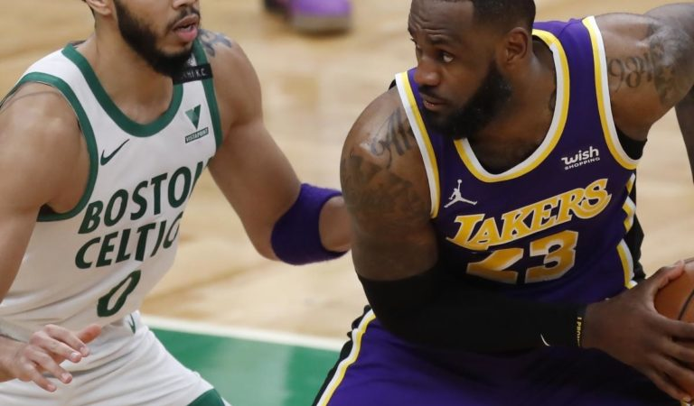 LeBron James on Lakers' Expectations: 'We Don't Want to Lose 1 in a Row'