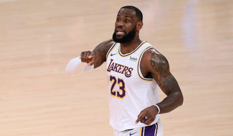 Lakers vs. Warriors takeaways: LeBron James and Co. cruise to dominant win to move into second place in West