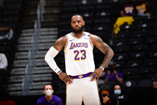 LeBron James working with 3-day minicamp for Lakers to develop chemistry in advance of 2021-22 season