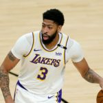 Lakers' Anthony Davis Will Play in Game 4 vs. Suns Despite Knee Injury